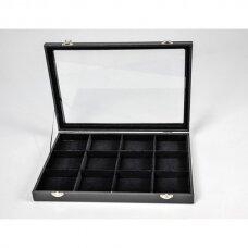Papuošalų dėžutė 25 x 35 cm su stikliniu dangčiu, 12 skyreliu, juodas aksomas, skyrelio matmenys 75 X 75 mm.