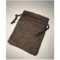 13 x 18 cm Lino dovanų maišeliai:juvelyrikai,bižuterijai,papuošalams.Spalva: tamsiai ruda