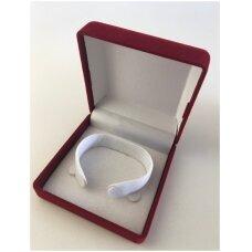 Aksomo dovanų pakavimo dėžutė raudonos spalvos 9 x 9 x 4-V