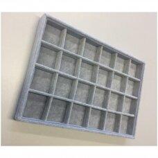 Papuošalų dėžutė 25 x 35 cm, 24 skyreliai, pilkas veliūras, skyrelio matmenys - 55 x 55 mm