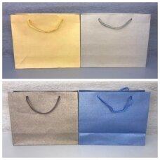 31,5 x 25cm(h) popieriniai pakavimo maišeliai su virvine rankėnėle - dovanai, prekėms, maisto išsinešimui.