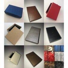 8 x 11 x 3 cm(h) Spalvota popierinė dviejų dalių dovanų dėžutė.10 GALIMŲ SPALVŲ. Pakuotė 12 vnt