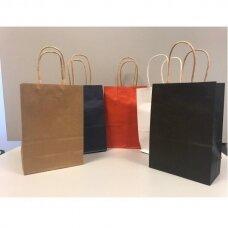18 x 25,5cm(h) KRAFT tipo  spalvoti popieriniai maišeliai su sukto popieriaus rankenėlėmis(dovanai,prekėms,maisto išsinešimui).Pakuotė-12 vnt.