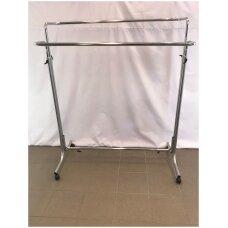 Tvirta reguliuojamo aukščio dvipusė kabykla drabužiams su ratukais. Modelis Nr 59, sidabro spalvos, ilgis 1,0 m.Užsakoma preke.